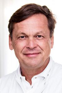 Dr. méd. Peter Baum, fondateur de la Gelenk-Klinik, spécialiste en orthopédie, consultant en chirurgie orthopédique du genou