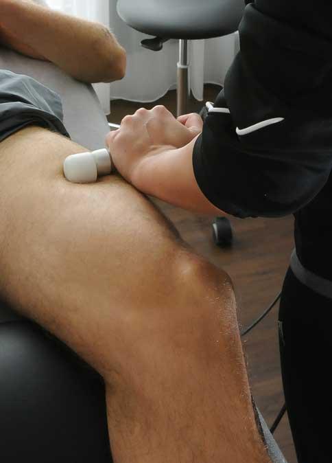 Schmerzen nach Knieprothese- wir helfen Ihnen!